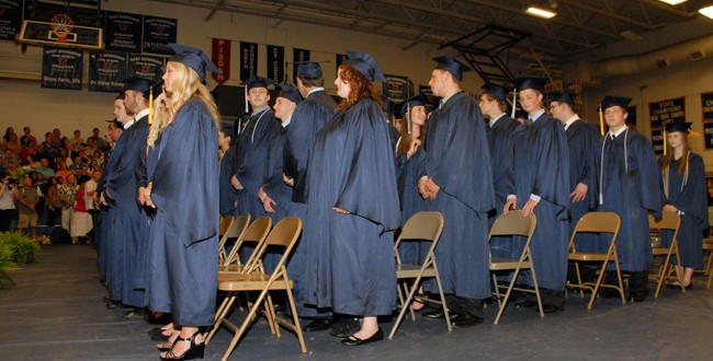 236 Seniors to Receive Diploma